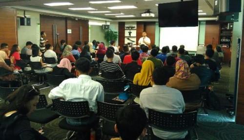 [Review Public Lecture] Media & Community In The Digital Era